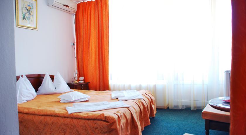 http://hotel-scoica.ro/wp-content/uploads/2013/10/cammatr1.jpg